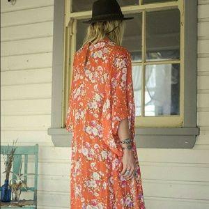 ***ISO*** SPELL Revolver Kimono 😍🥰🦄❤️💕